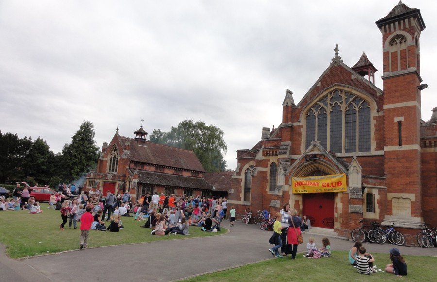 The space in front of Histon Baptist Church