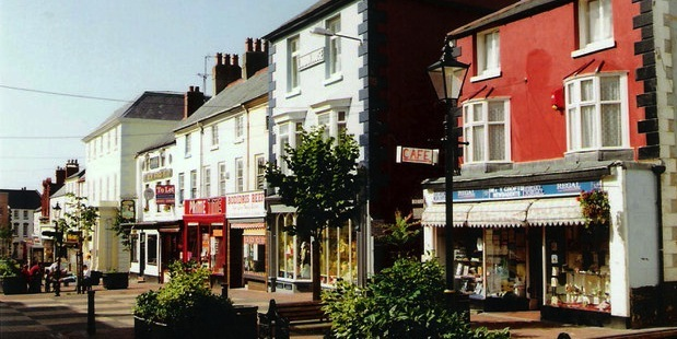 Holywell_High_Street